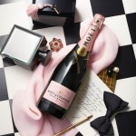 """Vos nepamiršau šampano! Man patiktų rožinis mojotas :-). Labai taiklus ir turbūt rinkodariškai sėkmingas šio gėrimo šūkis """"Declare your love"""""""
