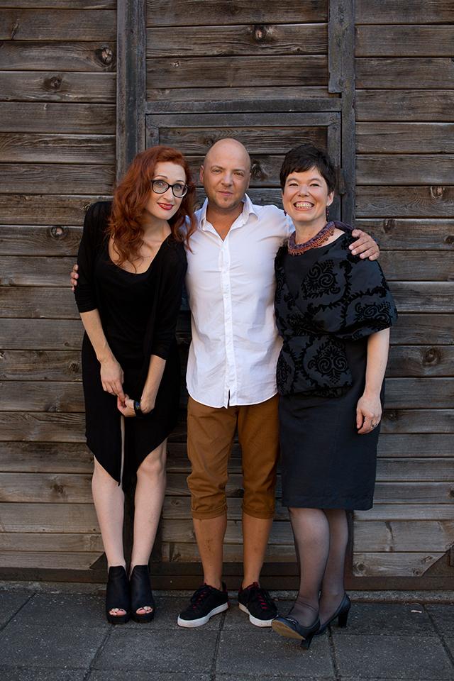 Su žurnalo dizaineriu Andriumi ir meno redaktore Anna
