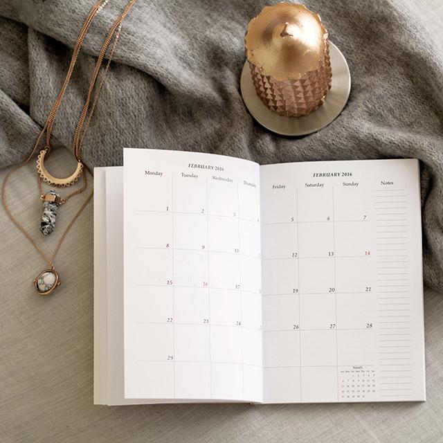 2016 metų kalendorių ir užrašinių apžvalga